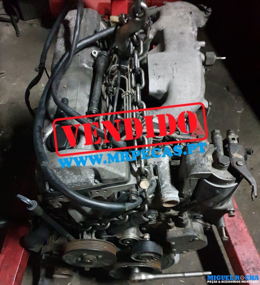 Motor Mercedes 190D 2.5Turbo para peças