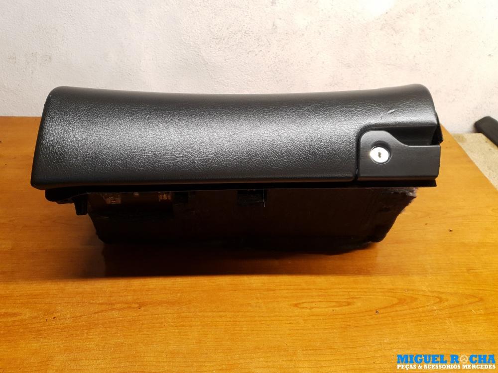 Porta luvas Mercedes C W203 / S203 / CL203