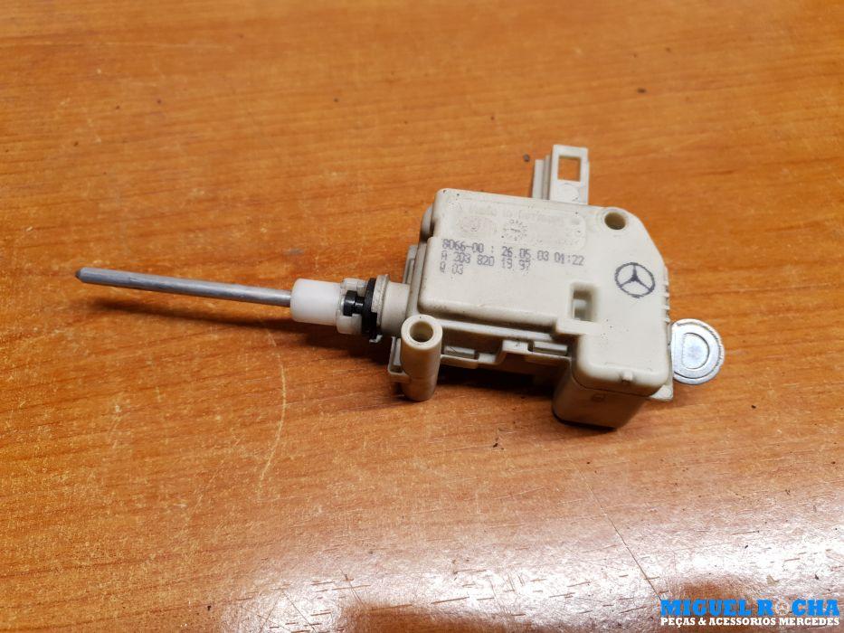 Atuador da tampa combustível Mercedes Sportcoupe ( CL203 )