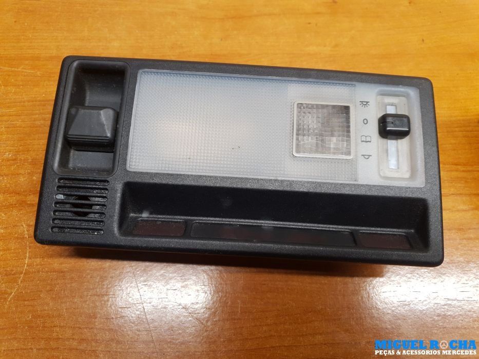 Plafonier c/tecto de abrir e sensor temperatura ambiente Mercedes E ( W124 / S124 )
