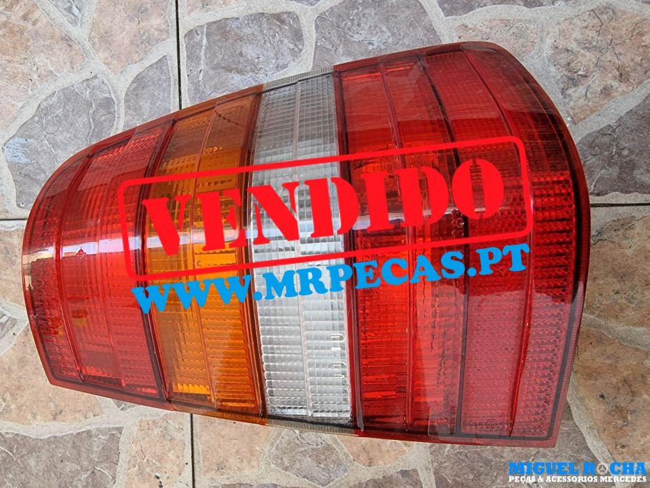 Farolim direito carrinha Mercedes S124