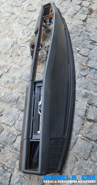 Tablier Mercedes 190