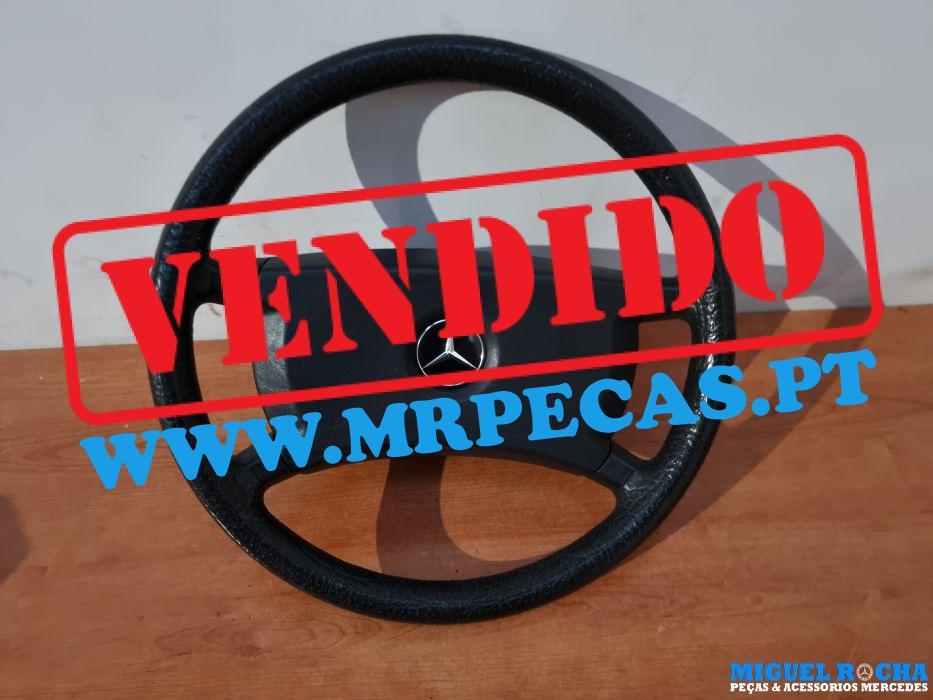 Volante excelente estado Mercedes 190 ou W124