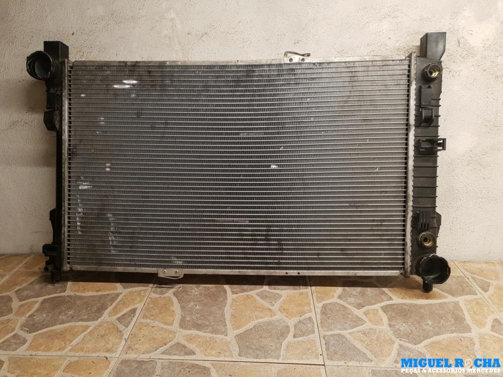 Radiador refrigeração do motor Mercedes C200 / C220 CDI