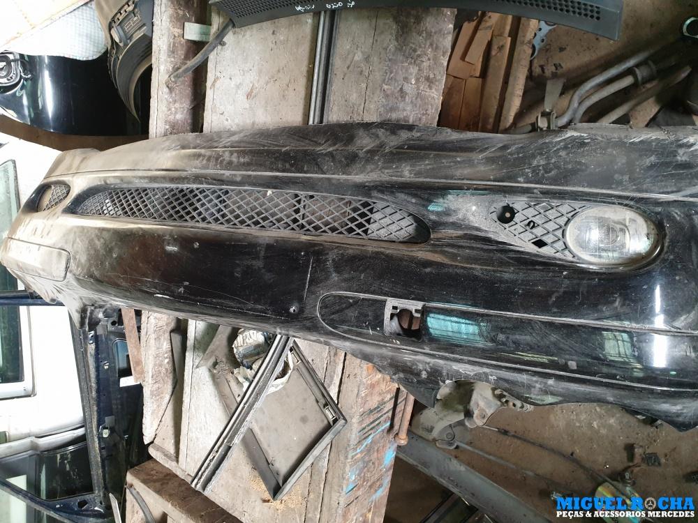 Parachoques da frente Mercedes C W203 versão classic